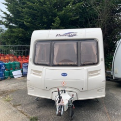 2004 Bailey Pageant Monarch 2 Berth