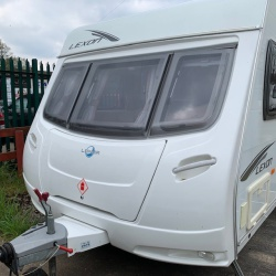 2006 Bailey Pageant Burgundy 4 Berth