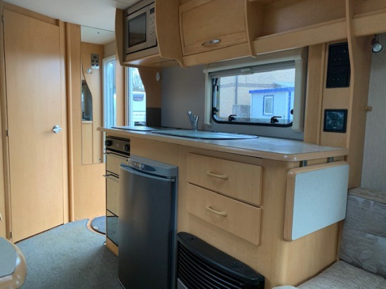 Additional Image of 2005 Elldis Odyssey 524  4 Berth
